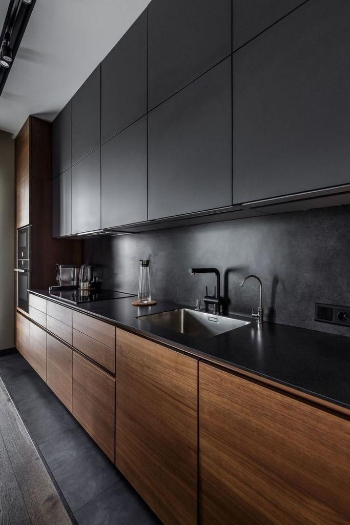 بازسازی داخلی و تعویض کابینت آشپزخانه