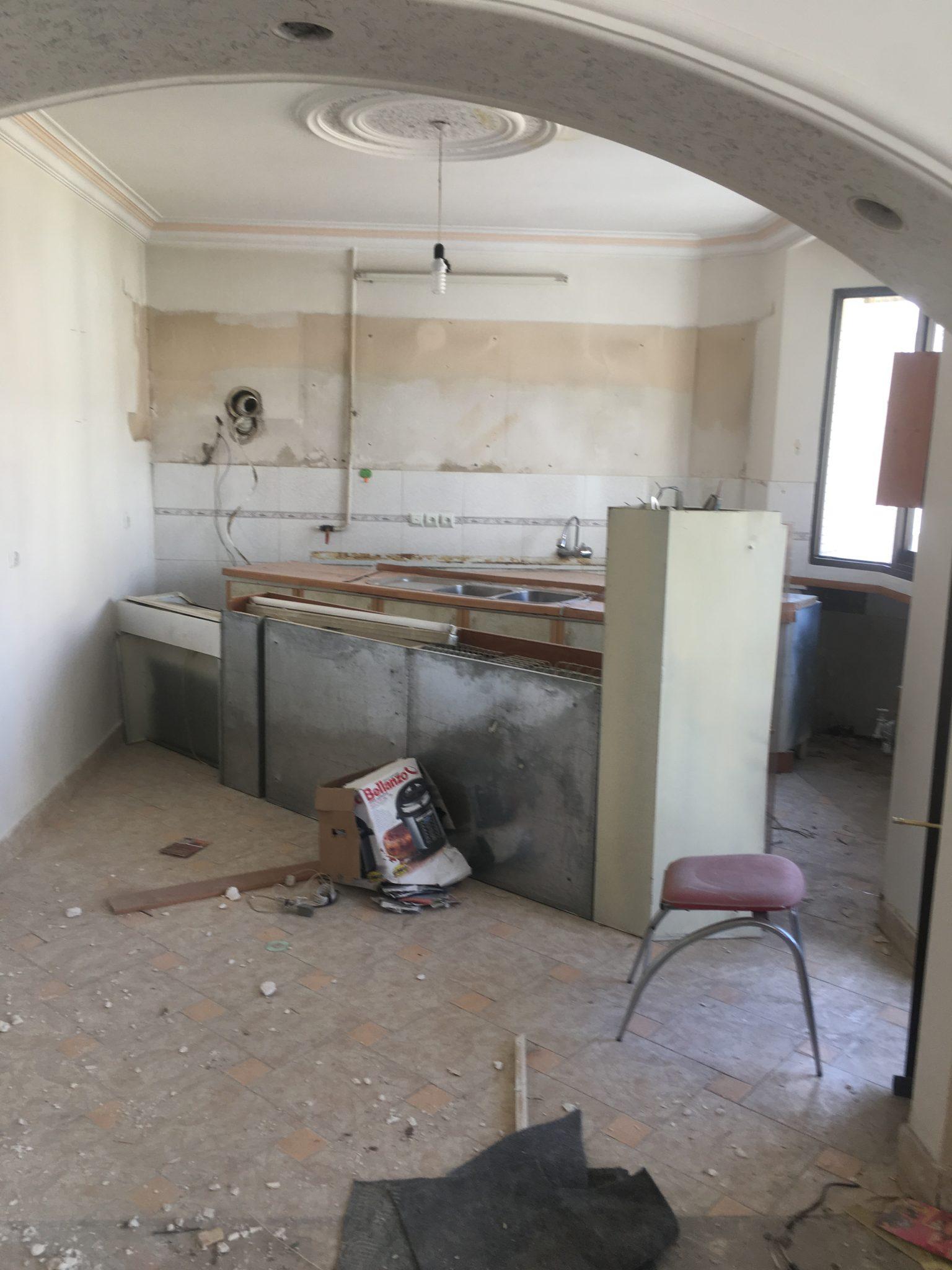 تخریب آپارتمان